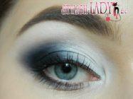 Как сделать модный макияж глаз с использованием белых и чёрных теней