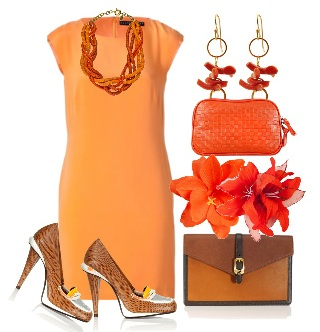 Платье-футляр: с чем носить?
