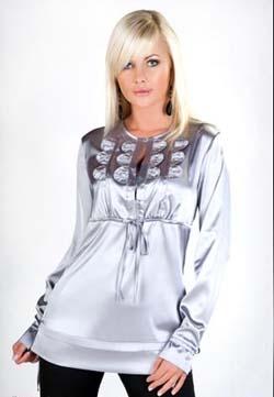 Модные блузки из атласа. Модели блузок из атласа