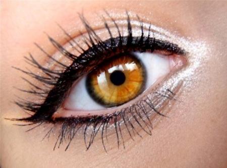 Модный макияж глаз на выпускной 2016