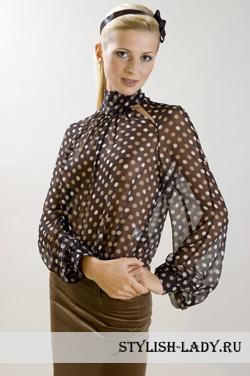 Что одеть с коричневой юбкой?
