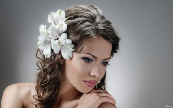 Живой цветок в голову фото