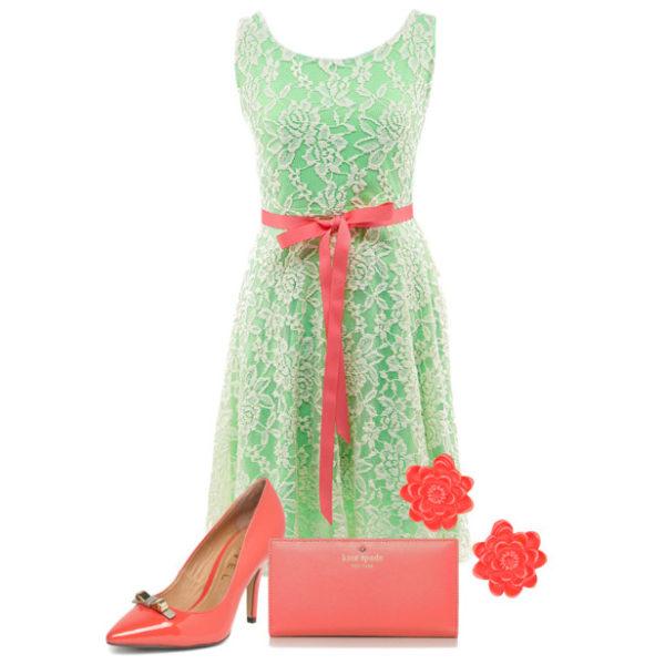 зеленое платье с красными аксессуарами, фото