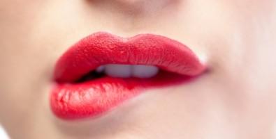 Привлекательный объем ваших губ. Как сделать губы больше?