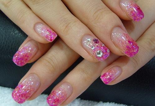 Фото нарощенных ногтей блестки