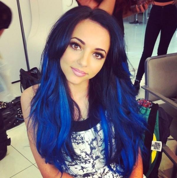 Покраска волос в синий цвет