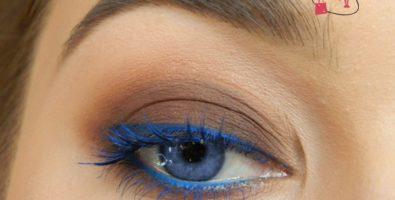 Лёгкий и эффектный макияж для голубых глаз с цветной стрелкой