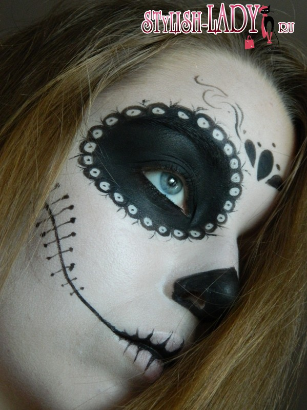 макияж на Хеллоуин в стиле Санта Муэрте, фото