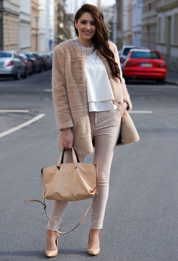Юбка с курткой с капюшоном