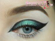 Зеленый фантазийный макияж глаз для Новогодней вечеринки