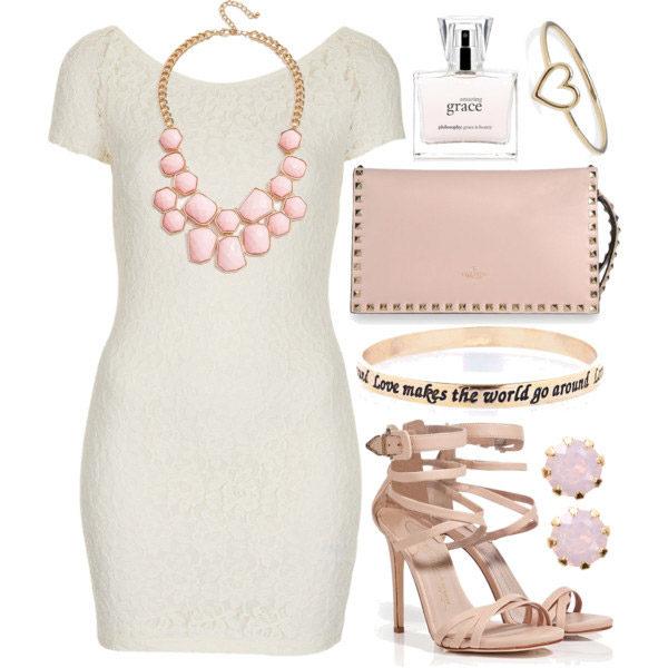 белое платье с розовыми аксессуарами, фото