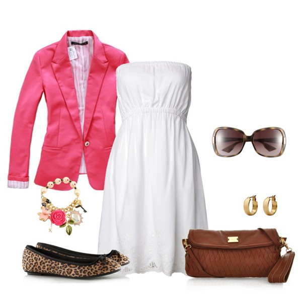 маленькая коричневая сумка с белым платьем, фото