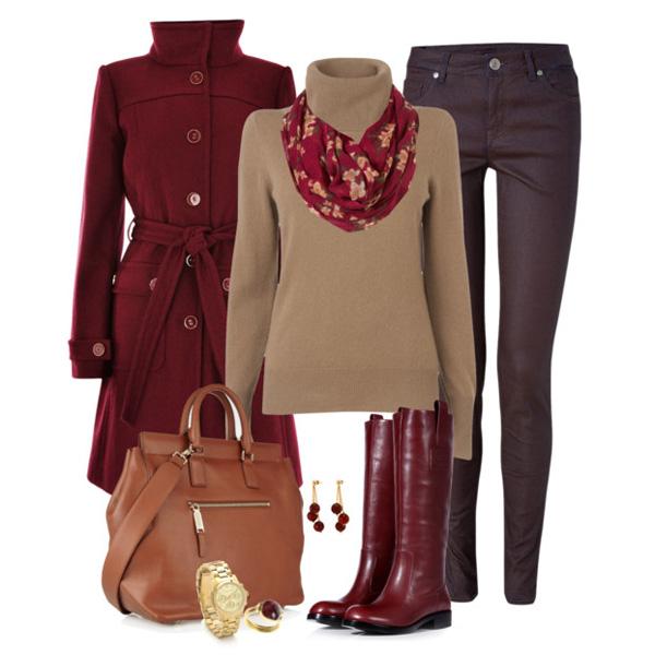 сумка коричневая через плечо с бордовым пальто, фото