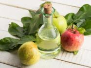 Яблочный уксус – универсальное средство для лечения и профилактики прыщей